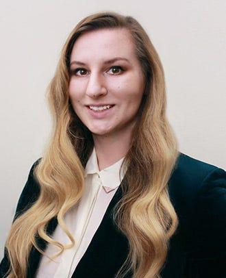 Halley Darrach, Pre-Med Advisor